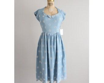 linen eyelet dress | vintage 1940s dress | blue dress