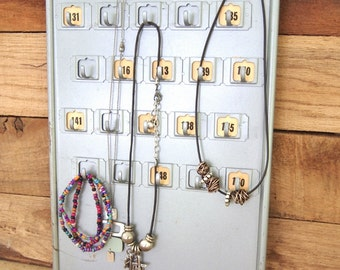 Free Shipping Metal Key Cabinet Panel with Numbers and hooks Two sided perfect for Jewelry Organization