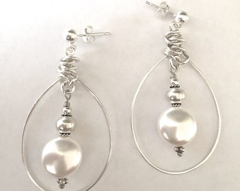 Sterling Silver Oval Hoop Earrings - White Pearl Sterling Earrings - Silver Hammered Wire Pearl Earrings -Sterling Ball Posts - 316014