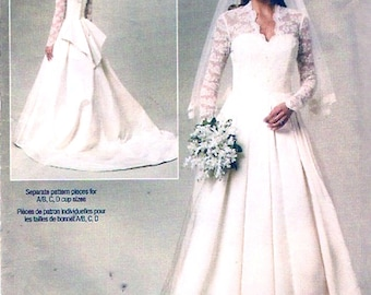 Romantic traditional gown brides wedding dress sewing pattern Butterick 5731  Sz 14 to 20 UNCUT