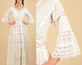 ViNtAgE Mexican Wedding Dress White LACE 60's 70's PinTuck Angel Wing Bell Sleeve HiPPiE Boho Alternative Bohemain Maxi Dress
