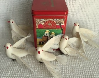 Tin Filled with an Assortment of 5 Vintage Clip On Flying Dove Christmas Ornaments - They look amazing on the tree