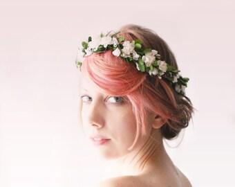 Boxwood flower crown, Green leaf head piece, Boho bridal flower crown, Natural hair wreath, Boho wedding wreath, bridal hair accessory