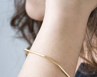 Minimalist Gold Bangle Bracelet, Thin Gold Bangles, Stacking Bangle Bracelet, Gold Bangle Set, Thin Gold Bangle, Geometric Bangle