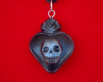 Skull Pendant Heart Pendant Halloween Pendant Black Jewelry Skeleton Pendant Gothic Jewelry Gifts Under 50 Gothic Pendant Gothic Necklace