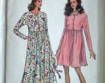 Simplicity 8555 It's So Easy Sewing Pattern, Misses' Dress In Two Lengths,Size PT to XL, 30.5 to 46 Bust, Uncut FF