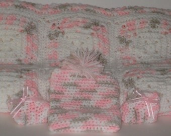 Crocheted Layette Preemie Infant Baby Girl Pink Camo Blanket Ski Cap Hat Booties Granny Squares