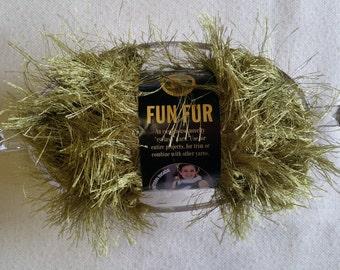 MS008 ~ Fun fur yarn Eyelet yarn Olive yarn Lion Brand