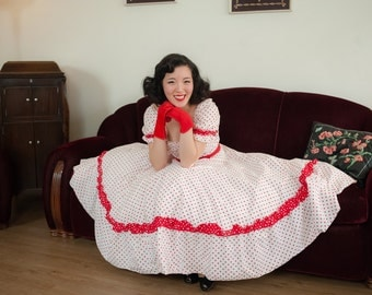 Vintage 1950s Dress - Fantastic Red and White Polka Dot Cotton 50s Day Dress with Full Circle Skirt and Contrast Trim