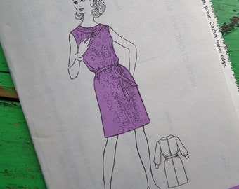 Vintage Sewing Pattern 60s 70s Women's Dress - Sunday People Pattern No. 320 UK - US Size 10 - UK Size 12 - factory folded