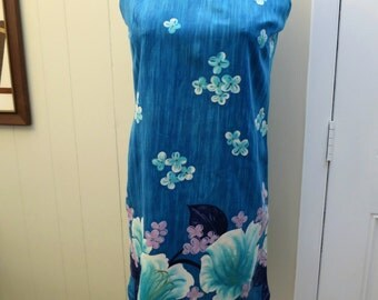 1960s Aqua blue Hawaiian Luau Dress