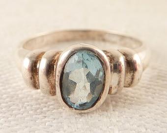 Size 7 Vintage Sterling Oval Blue Topaz Ring