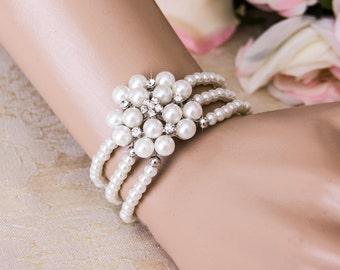 Pearl Wedding Bracelet, Crystal Bridal bracelet, Wedding Bridal Jewelry, Pearl Bridal Jewelry