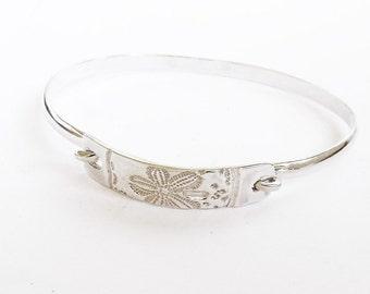 Sterling sand dollar bracelet, small bracelet, beach accessory, shell jewelry, SCUBA gift, cruise gift, swimmer gift, triathlete bracelet