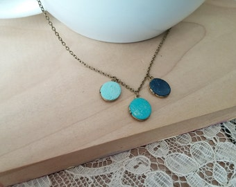 Small Oval Locket Necklace Cluster Hand Painted Multi-Colored - La Mer.