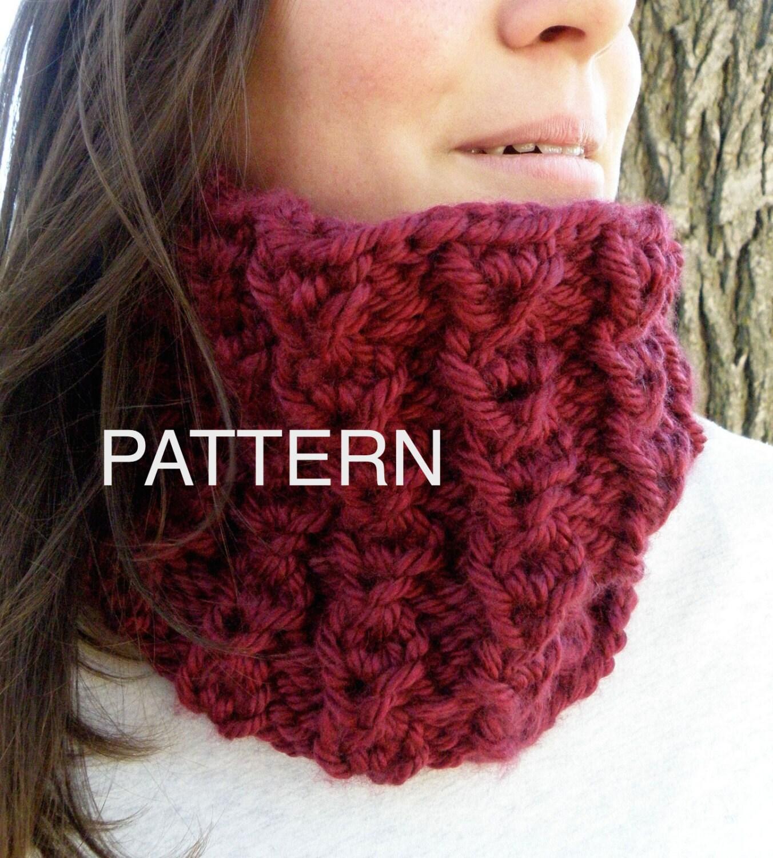 Knitting PATTERN Scarf Infinity Cowl Pattern Reversible