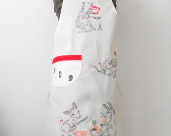 """Vintage Full Apron • Vintage """"BOB"""" BBQ Apron • Vintage White and Red Painted On Apron"""