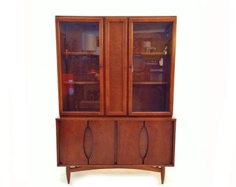 Vintage MCM China Hutch In Wood