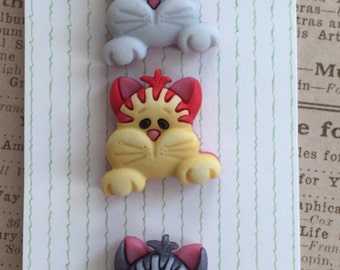 """Cat Buttons, Pets and Pals Collection, """"Peeking Cats"""" by Buttons Galore Carded Set of 3 Style PP125, Shank Back Buttons, Embellishments"""