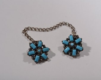Vintage 1950s Turquoise Sweater Clip - 1960s Turquoise Colored Guard - Glee Fashions
