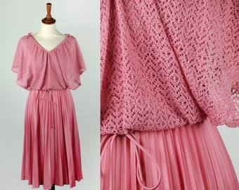 1970's Pleated Pink Dress || Crochet Overlay