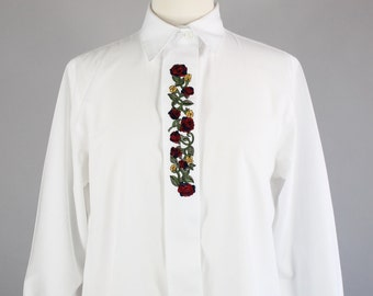 Vintage 80s Women's White Roses Embroidered Long Sleeved Button Down Office Blouse Shirt
