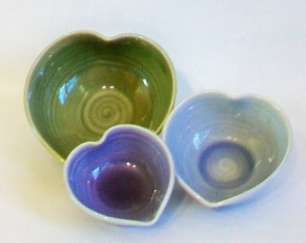 Nesting Heart Bowls - Set of 3, Handmade, Green, Blue, Purple - 5inch Diameter -Valentine - Mothers Day Gift  - Ready to Ship
