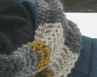 Alpaca earthtone wool cowl scarf in ridged feather