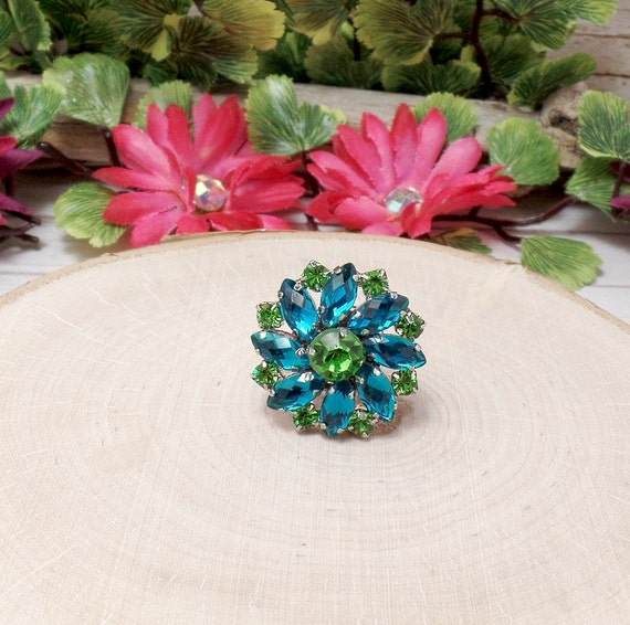 Blue Rhinestone Flower Ring - Rhinestone Ring - Button Ring
