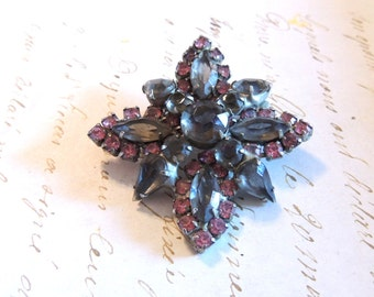 Pink Gray Rhinestone Brooch Pin Large Multidimensional Vintage Jewelry