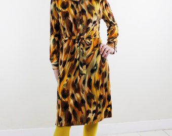Vintage 60's soft shirt dress, abstract painterly leopard pattern, shades of brown, pointy collar, buttons to waist, original tie belt - M