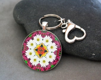 Daisy Purse Charm Keychain Boho Chic Mandala New Age Sacred Geometry Hippie Kaleidoscope Hippie Flower Child Reflections Of A Virtuous Love