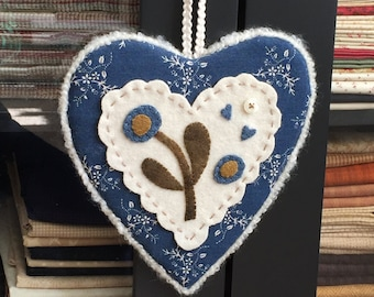 HAND STITCHED Primitive Folk Art Wool Applique Heart - FREE Shipping