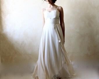 Wedding Dress, Wedding gown, Bridal gown, A-line wedding dress, train wedding dress, simple wedding dress, hippie boho wedding dress,