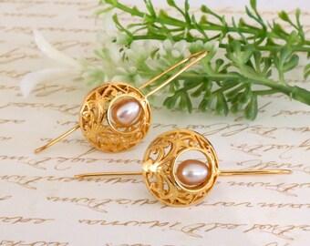 Women's Gift, Gold Pearl Earrings ,Gold Victorian Earrings, Bridal Gold Earrings,Bridal Pearl Earrings,Wedding Jewelry