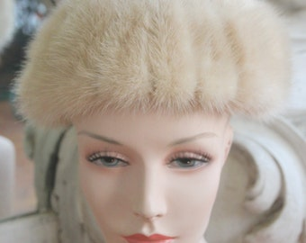 Vintage 1960s 1970s Blond Mink Hat by Mr. Henri