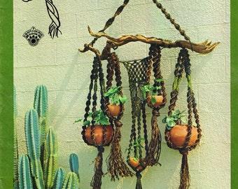 MACRAME HANG-UPS  12 Patterns by Bruce Morrison Craft Course Publishers 1973