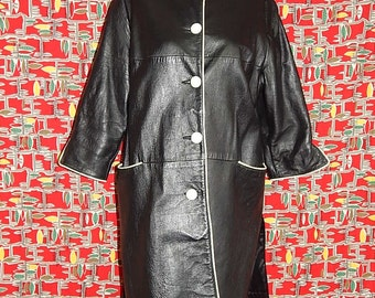 Mod vintage 60's black white leather jacket coat op art space age go go girl spy striped panels ladies swing trench 3/4 sleeves - Size M / L