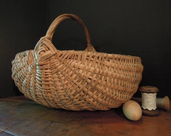 Vintage Large Wicker Basket with Handle / Handmade Basket / Splint Bast / Vintage Wicker Gathering Basket / Garden Kitchen Wedding