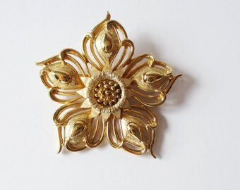 Boucher Flower Pin Gold Tone Vintage Boucher Flower Pin Brooch Mother's Day Gift