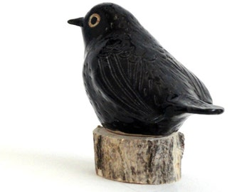 pottery bird black