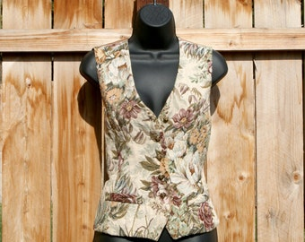 Romantic Floral Tapestry Vest / 90's Vintage Woven Pillow Vest / Pastel Flowers & Cream / Medium
