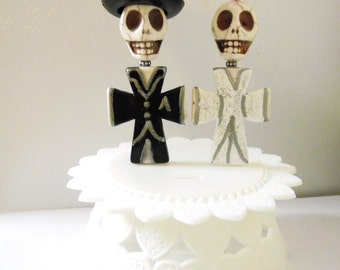 Day of the Dead Cake Topper Giant Sugar Skull Gothic Wedding Topper Bride & Groom - Full Bodied w/Stand
