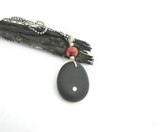 Black Pebble Stone Necklace, River Stone Natural Jewelry Handmade, Hippie BoHo, Crystal Stone Necklace