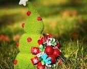 Crochet Christmas Tree - crochet pattern, DIY