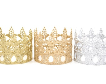 Ready to Ship || Peyton ||mini lace crown || WASHABLE || headband option|| photography prop || Love Crush Exclusive