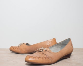 8 N | Women's Bandolino Honey Brown Woven Leather Low Cut Oxfords
