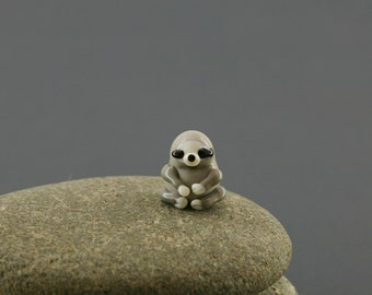 Sloth  sculpture figurine miniature fairy garden dollhouse   tiny glass lampwork bead animal moss garden grey baby cute terrarium decoration