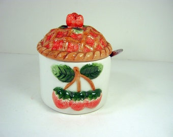 Vintage STRAWBERRY JAM JAR Strawberries Pie Lid Raised Design Red Berry Jelly