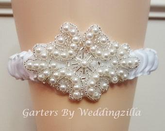 Handmade Wedding Garter, White Pearl Garter, Toss Garter,   Bridal Garter, Wedding Garter Belt, Something Blue, Toss Garter
